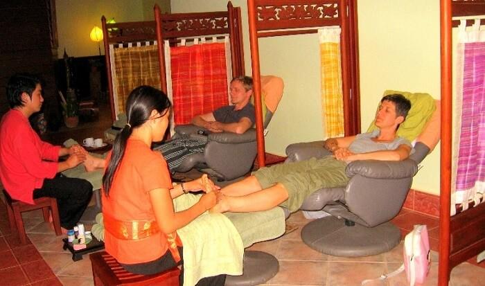 foot massage at champa spa