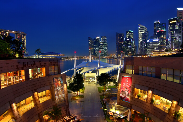 gorgeous rooftop garden in Singapore