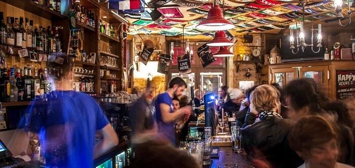 public bar in lyon
