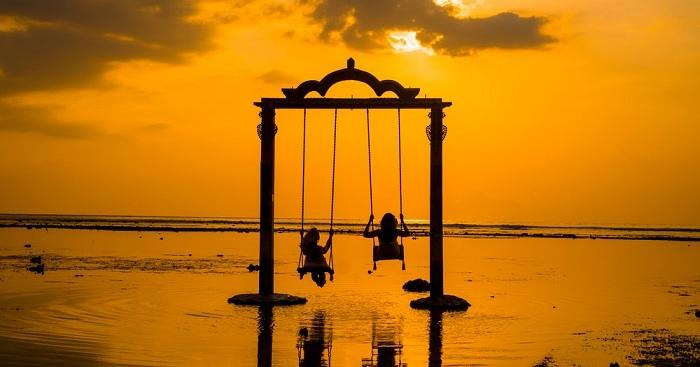 Swing on Gili island