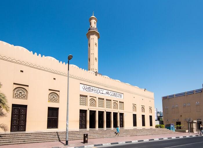 entrance of grand mosque bur