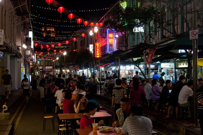alfresco dining in food street chinatown