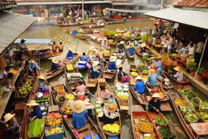 market on boat