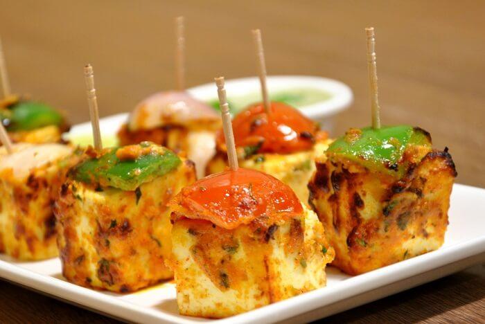 offers Gujarati food