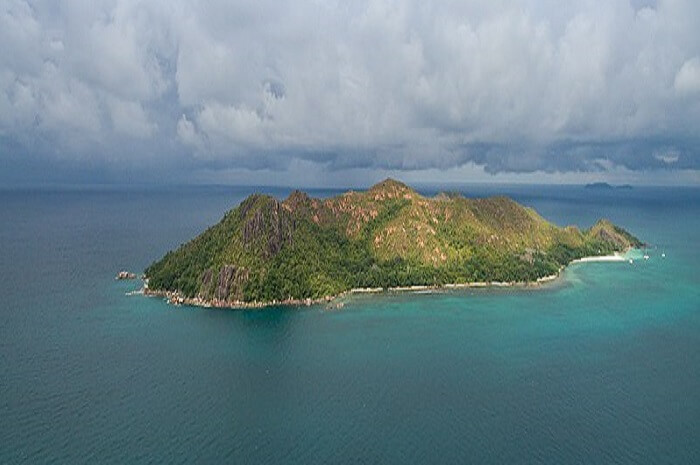 History of Curieuse Island