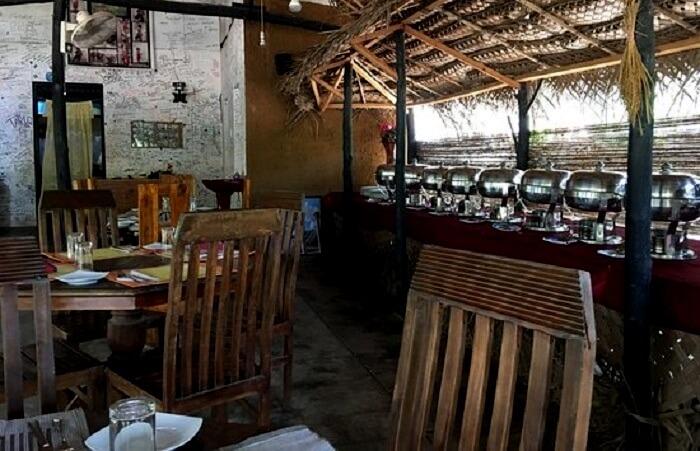 Rithu Restaurant in Dambulla