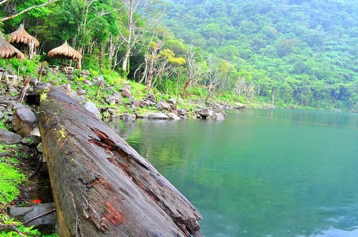 Twin Lakes Of Balinsasayao