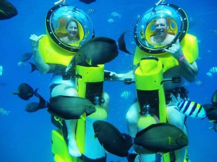 ride underwater around the sea