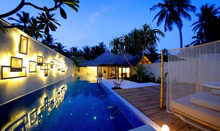 Kuramathi Island Resort Honeymoon Villa