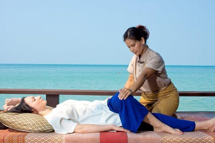 massage by lady