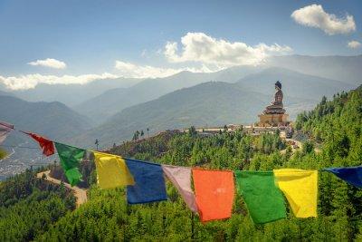 bhutan tibetan flags