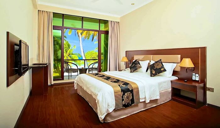 Kaani beach hotels