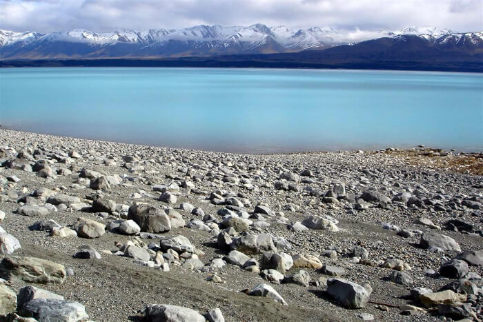 blue lake pukaki