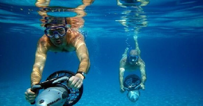 Scooter Snorkling