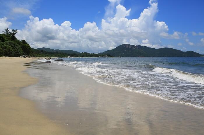Cheung Sha Beach hong kong