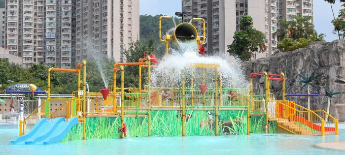 tsueng o pool in Hong Kong