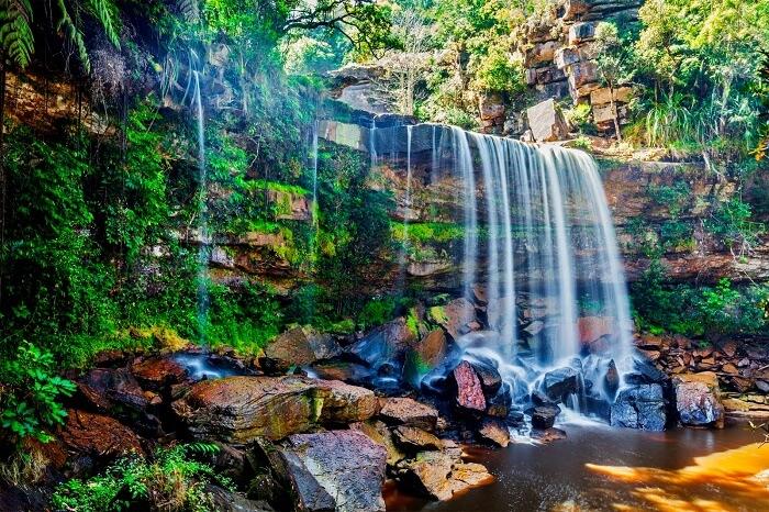 Bokor waterfall.jpg