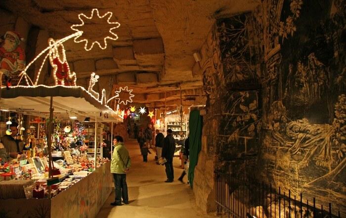 Christmas Market Velvet Cave