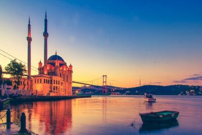 Feel The Love In The Grand Ambience Of Istanbul