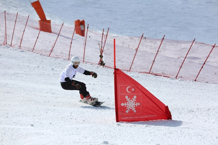 Snowboarding in Turkey