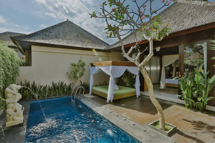 D'Nusa Beach Club & Resort