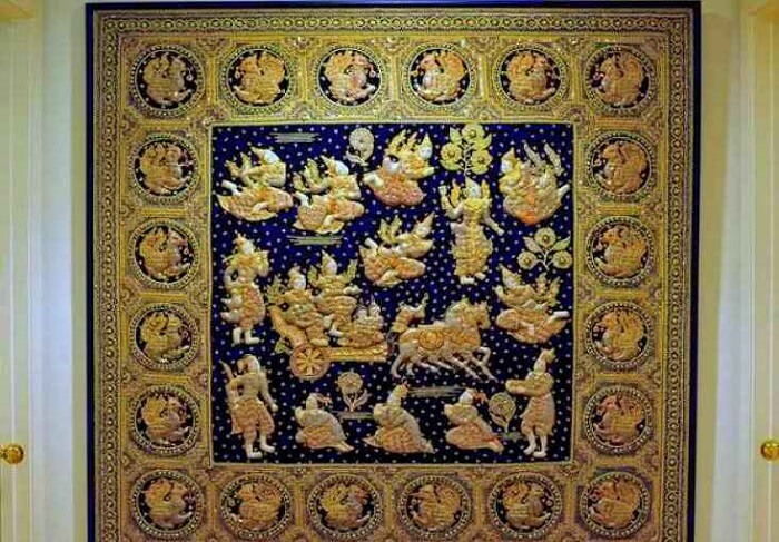 tapestries, in which the cloth is painted and pasteurized