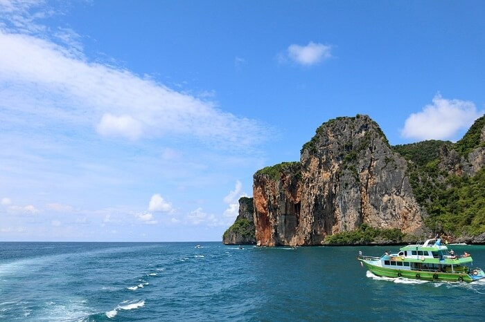 island tour in Thailand