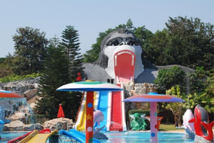 Korat Zoo Lagoon and Water Park