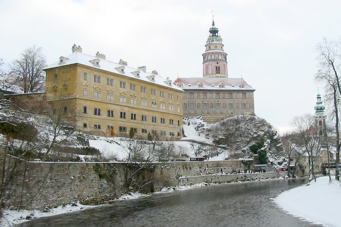 Krumlov Castle from the river bank