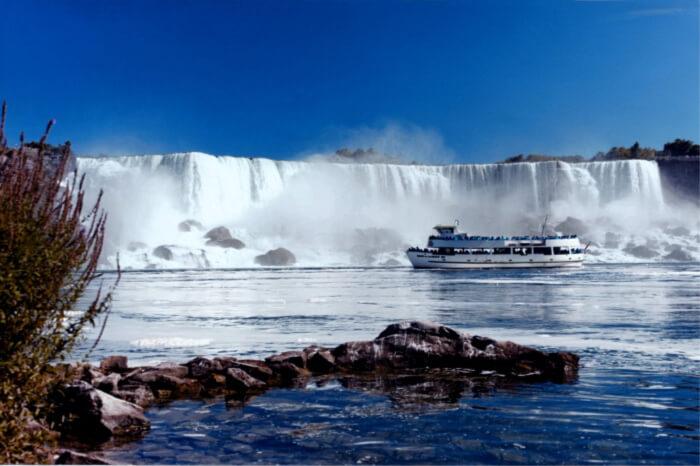 majestic base of the Niagara Falls