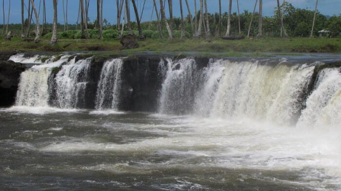 Mu Waterfall in Hanoi