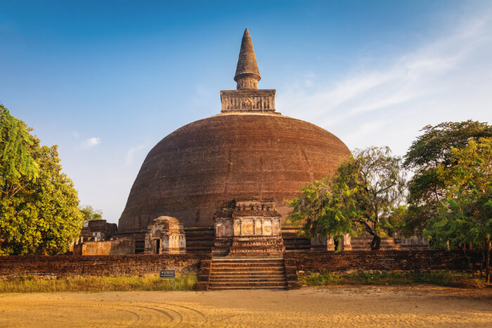 Rankot Vihara in Polonnaruwa