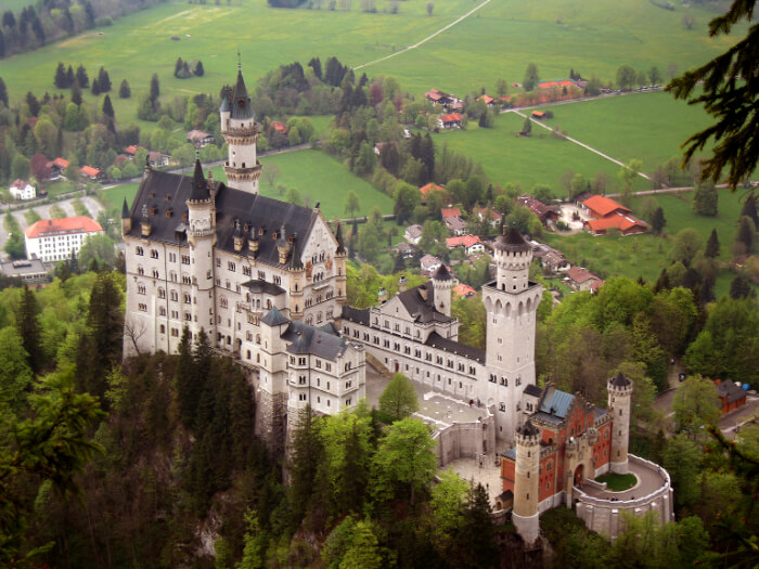 Royal Castles of Neuschwanstein and Linderhof Day Tour