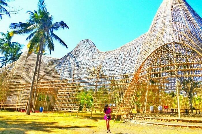 Amazing Rumah Bambu Pengalon