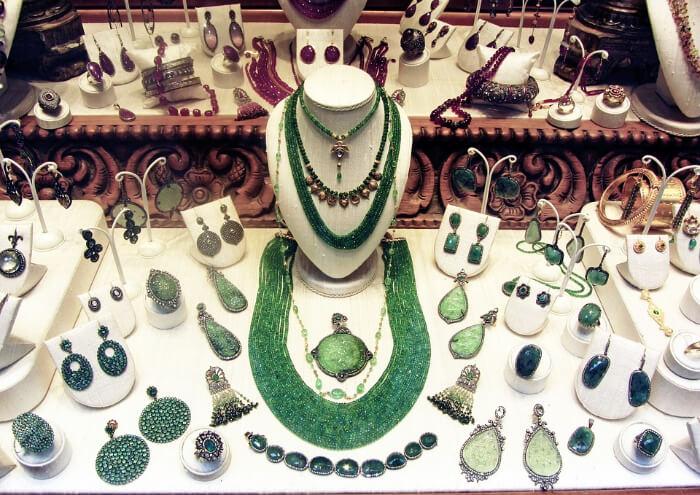 Jewellery item