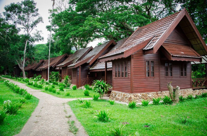 Where To Stay At Loagan Bunut National Park