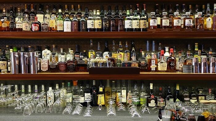 popular bar in port louis