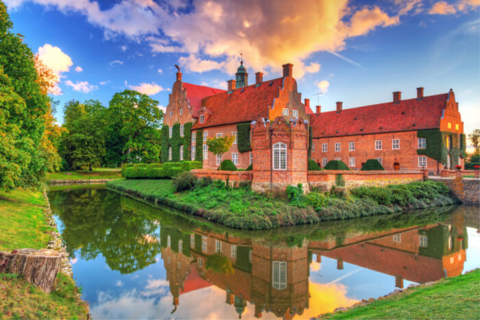 sweden castle cover