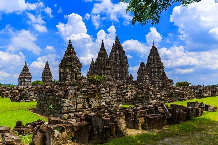 temples in yogyakarta