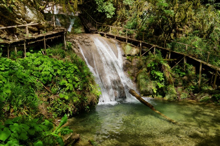 33-waterfalls