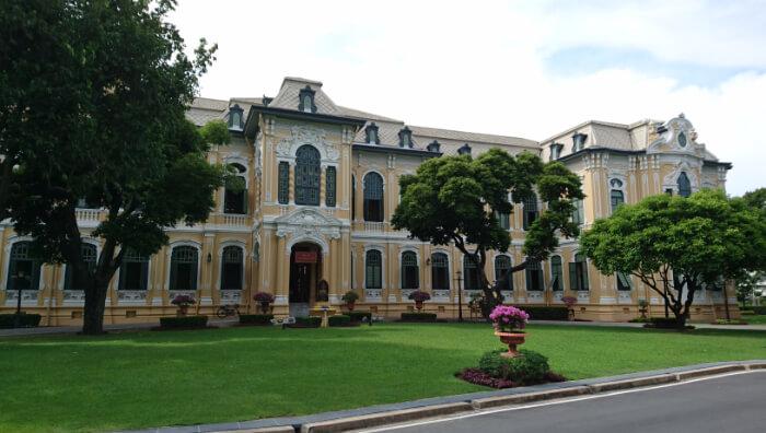 About Bang Khun Phrom Palace