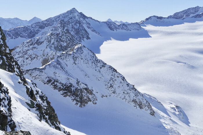 Adventurous trek to Maamturk Mountains