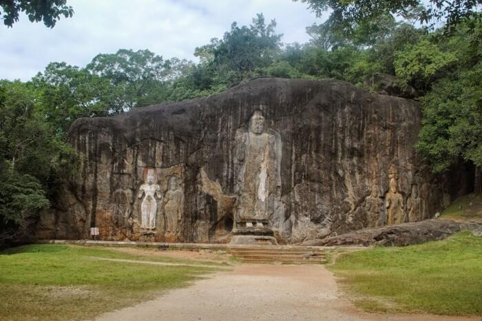 Ancient Buduruwayaya Ruins