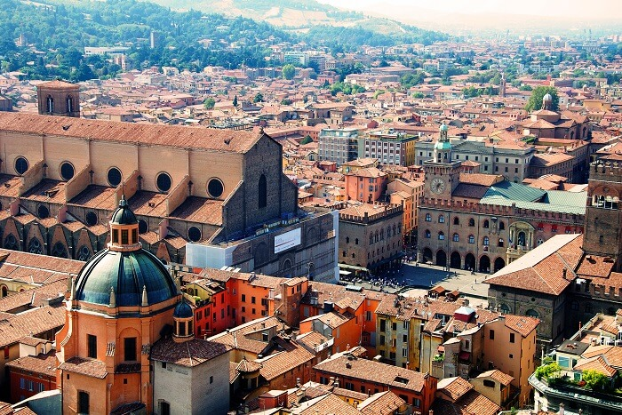 seventh most popular city of Italy