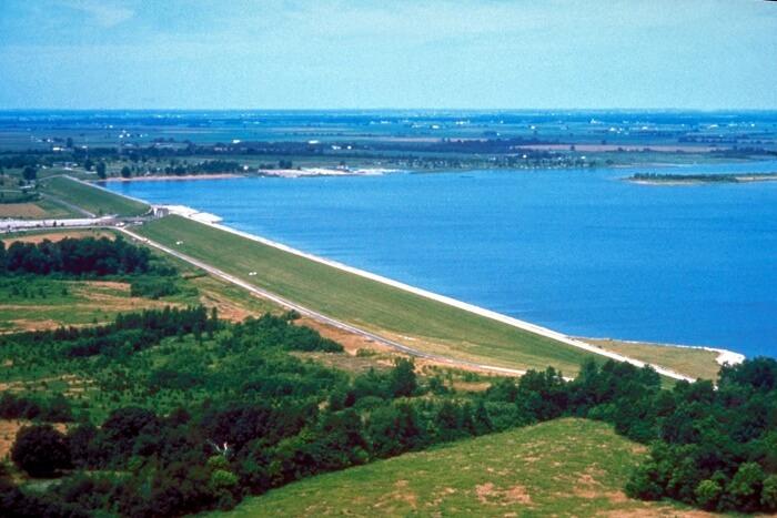 Carlyle Lake