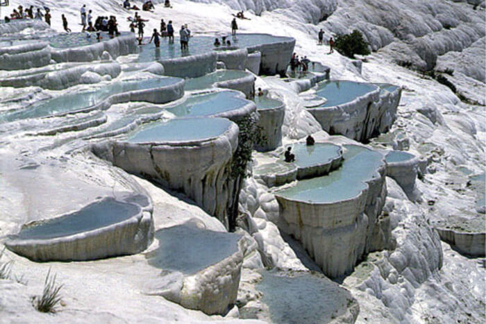 Discover the picturesque of Pamukkale