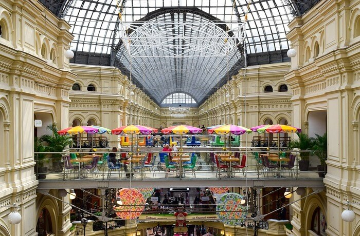 get exemplary shopping in Russia