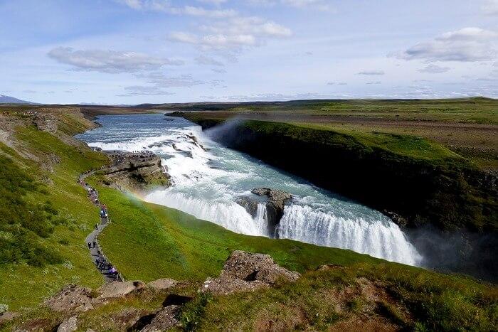 extraordinary waterfall