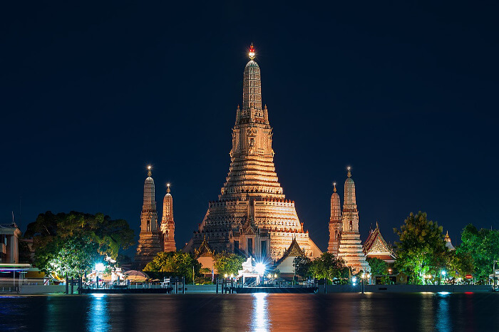 gorgeous temple at night