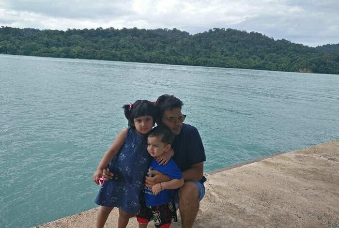Bonding of father and childrens